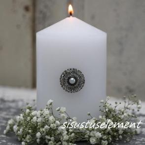 Küünlapross pärliga ring