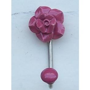 Nagi Roos, roosa